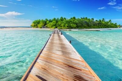 橋のかかった島